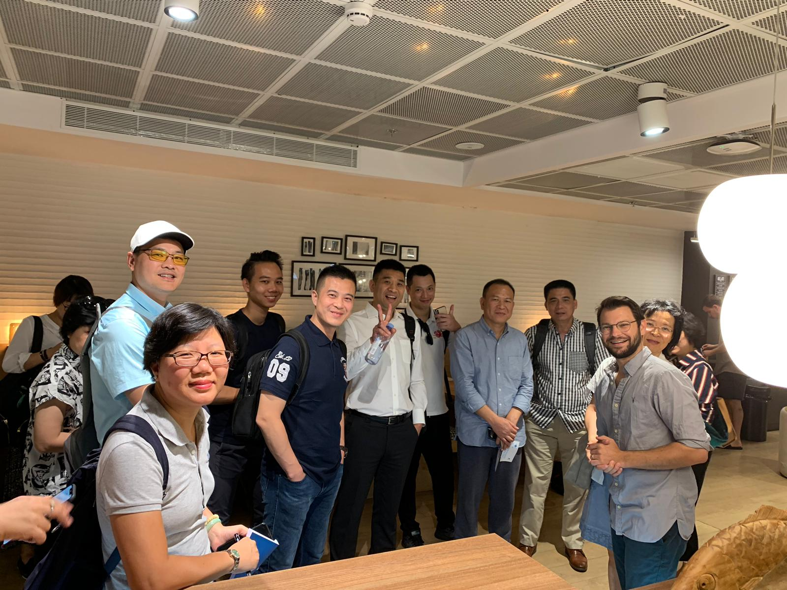דניאל רובין, מנהל פיתוח וצמיחה ברשת Urban Place עם המשלחת מדרום סין.